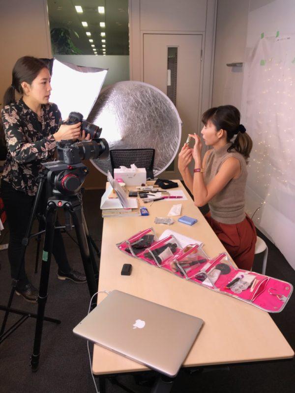 25ansオンラインで永江理恵がメイク動画を公開